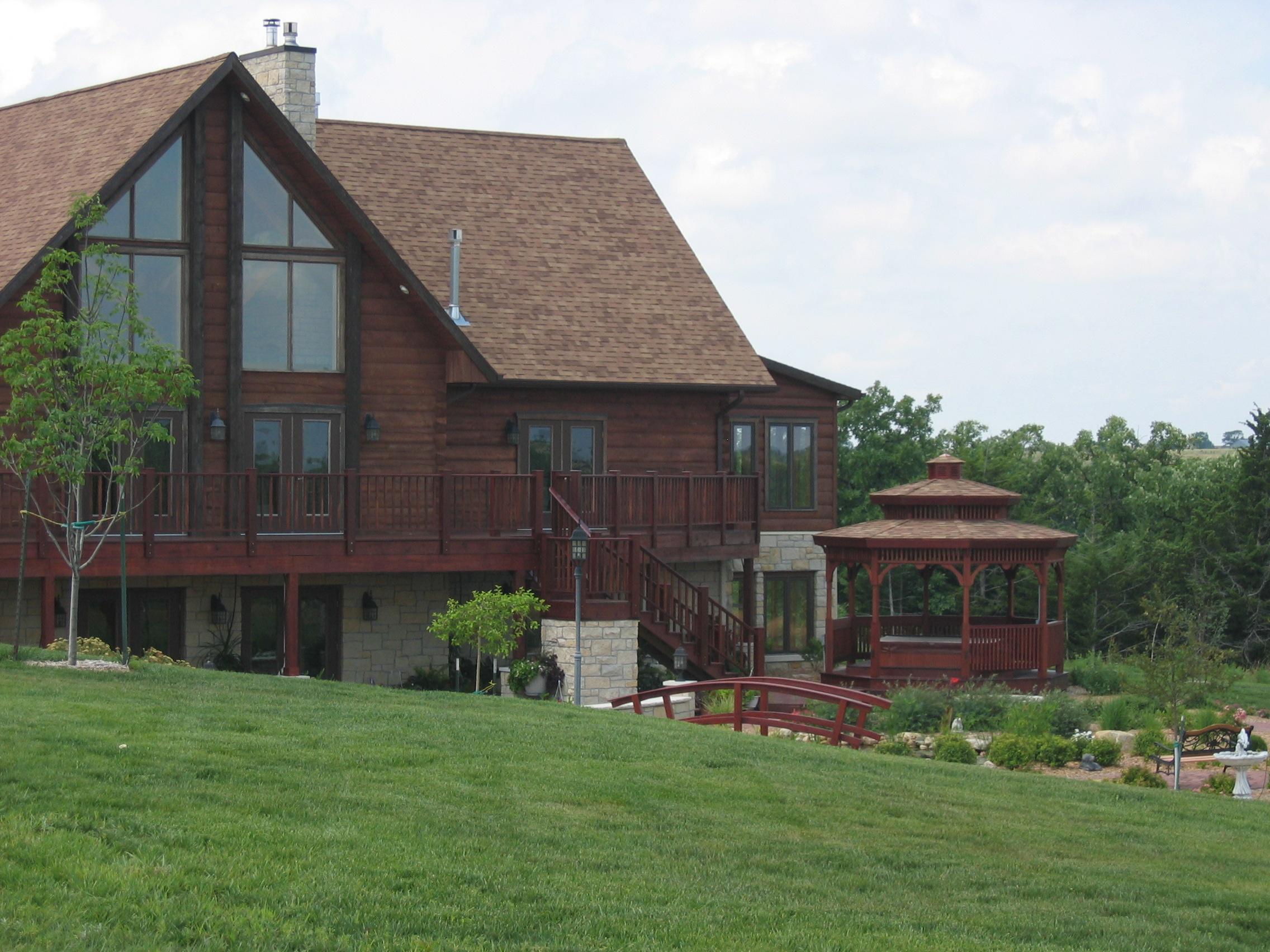 Drewniane domy – w czym są lepsze od murowanych?