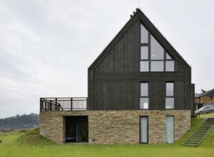 Domy z drewna – czy będą odpowiednie dla ceniących nowoczesność